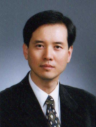 이준영 교수님 사진
