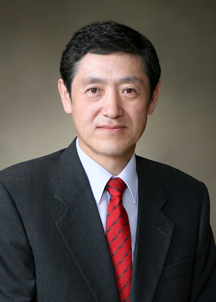 김신도 교수님 사진