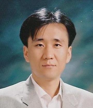 성민영 교수님 사진