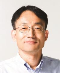 홍의경 교수님 사진