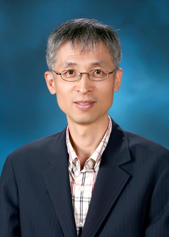 유병덕 교수님 사진