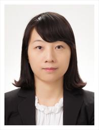 김유라 교수님 사진