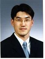 천영진 교수님 사진