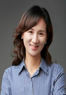 최진희 교수님 사진