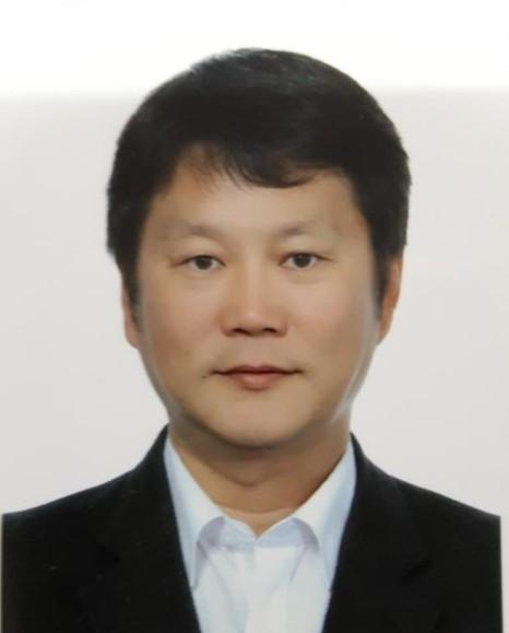김영욱 교수님 사진