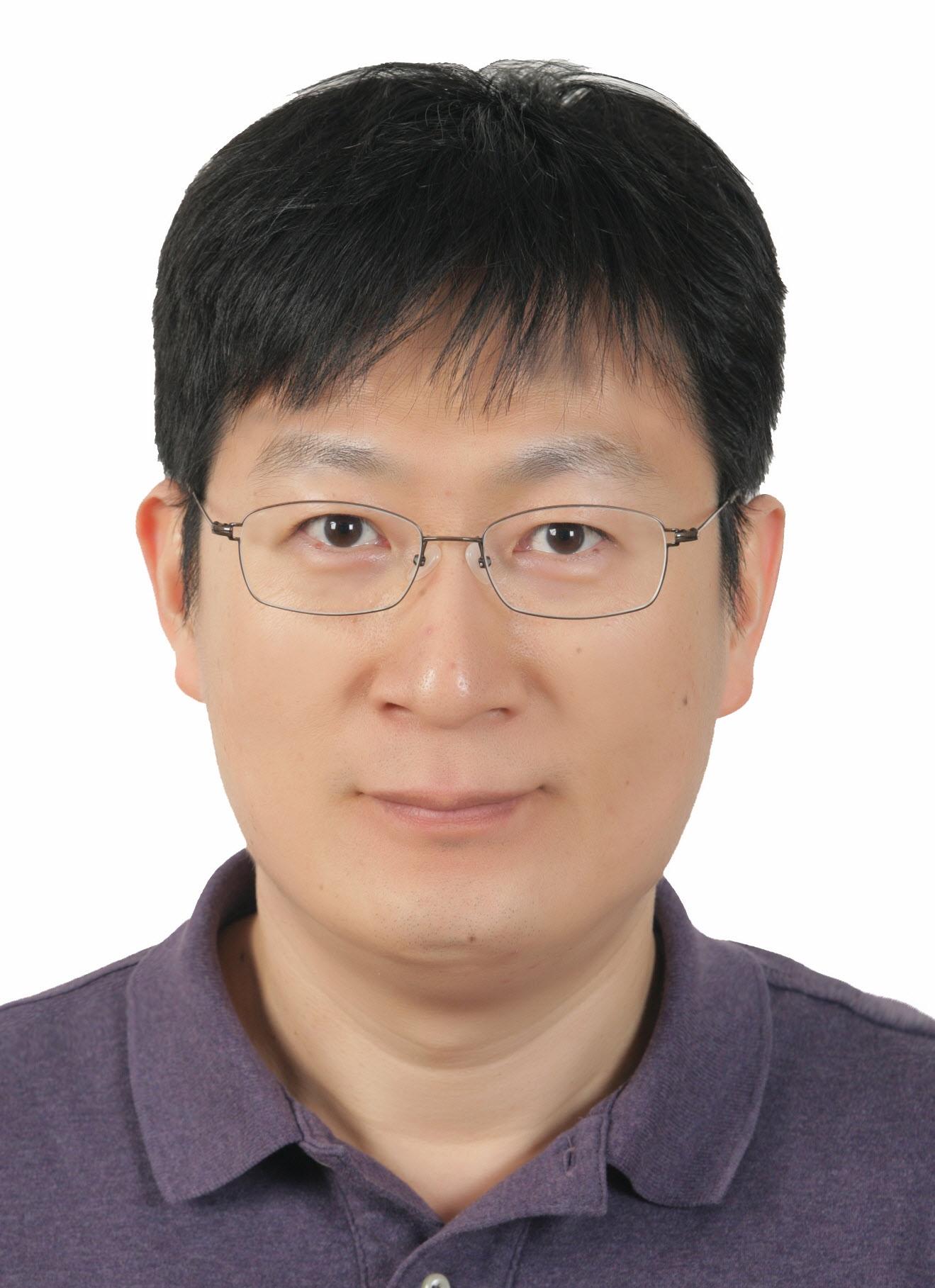 권재문 교수님 사진
