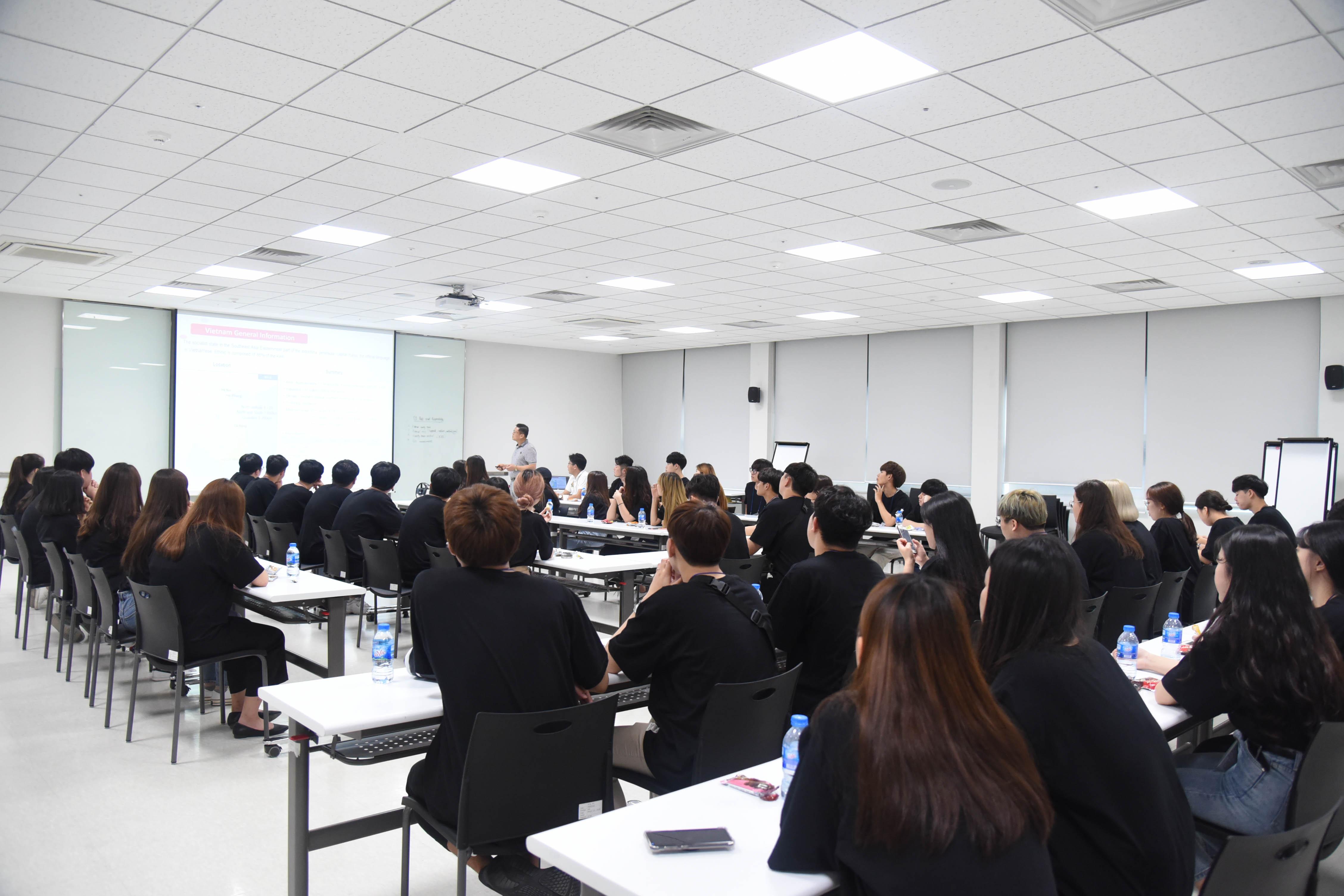 2019년 해외진출 한국기업(LG전자) 탐방